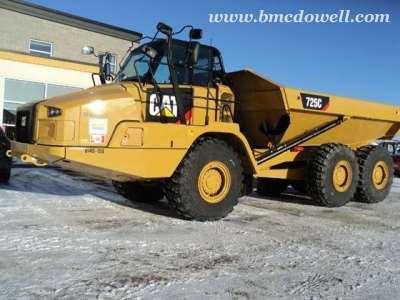 Caterpillar Articulated Rock Truck -  725C