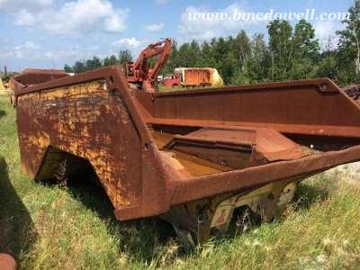 CAT AD30 Truck Box